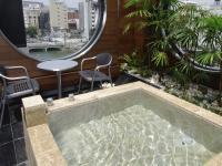 全132室のうち4室には露天風呂を設置。