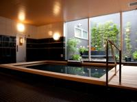 Relieve your fatigue at the large bath hall with open-are bath