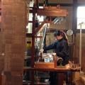 博多織機で織る感覚を体験!