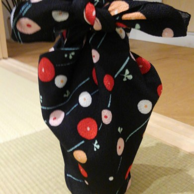 【Cultural experience】Furoshiki Wrapping