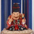 館のシンボルとして作られた博多人形「福の神」は一見の価値ありです。