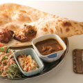 Photo: Kebab set (curry, naan, chickpea dip, salad, drink) ¥1100; lunch from ¥650, dinner from ¥730 Ingredients: Beef, chicken, and other halal foods