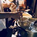 本場博多の屋台でラーメン作りを体験!!ご自分で作ったラーメンを食べられるのはここだけ!