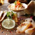 新鮮な鮮魚や野菜を使用したメニュー