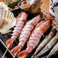 【炉端焼き】%0A新鮮な魚介を豪快に焼いて皆様のテーブルへ!