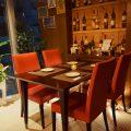 窓際のお席は人気のため早めのご予約がお勧めです!
