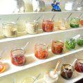 カスタマイズ!調味料やタレ、薬味は約30種類をご用意!