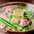 有田鶏濃厚スープの水炊き5000円(税抜)コースが一番人気!