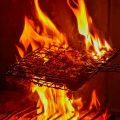 【炭火焼き】長年の経験で絶妙な火加減を見極めて仕上げます