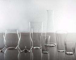 当店はすべて松徳硝子のうすはりグラスを使用してます。