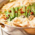 しろ屋の名物料理の『もつ鍋』醤油味と味噌味をお選び頂けます。