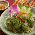 「生春巻き」野菜と海老、自家製焼豚入り。甘酸っぱいソースで◎