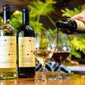 人気の自然派ワイン種類豊富にご用意しております!飲み放題も◎